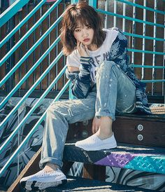 I.O.I Choi Yoojung (아이오아이 최유정) #1 ~ http://www.smlounge.co.kr/nylon/article/34118/