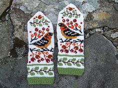 Ravelry: Birds and Berries pattern by Natalia Moreva Knitted Gloves, Knitting Socks, Knitting Projects, Knitting Patterns, Sweater Mittens, Fingerless Mitts, Cross Stitch Bird, Mittens Pattern, Wrist Warmers