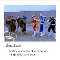 A rare photo of 5sos and 1D
