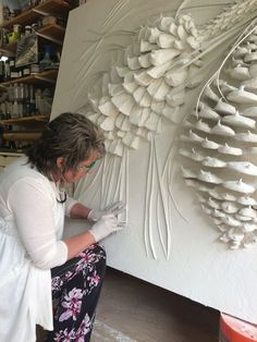 View the Gallery of Elite Artistry by Ellie here – Low / Bas Relief Sculptures to relieve stress & create beautiful art – Classes available in Portland, OR. Wall Sculptures, Sculpture Art, Pintura Graffiti, Plaster Art, Plaster Crafts, Art Diy, Art Techniques, Clay Art, Ceramic Art