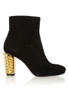 Fendi- Botines de ante negro con tacón dorado.