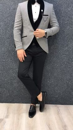 Aalvert Gray Slim Fit Tuxedo-Aalvert Gray Slim Fit Tuxedo Product: Slim-Fit Tuxedo Color Code: Gray Size: Suit Material: satin fabric, lycra Machine Washable: No Fitting: Slim-fit Package Include: Jacket, Vest, Pants Only Gifts: Shirt, Chain and Bow Tie - Mens Casual Suits, Dress Suits For Men, Stylish Mens Outfits, Mens Suits, Men Dress, Suit For Men, Grey Suit Men, Blazer Outfits Men, Mens Fashion Blazer