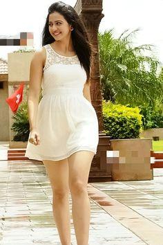 Indian Bollywood Actress, Indian Actress Hot Pics, Bollywood Girls, Beautiful Bollywood Actress, South Indian Actress, Beautiful Actresses, Indian Actresses, Beautiful Girl Photo, Beautiful Girl Indian