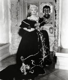 The Scarlet Empress | Marlene Dietrich