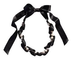 Brunette on a Budget: Fashion on a Budget: Ribbon necklaces