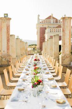 {Real Wedding} O verdadeiro conto de fadas de Martina & Richard – Once Upon a Time… a Wedding ALGARVE WEDDING PLANNERS, CASAMENTO, CASAMENTO REAL, DESTINATION WEDDING, FOTÓGRAFOS, NOIVOS ESTRANGEIROS, PASSIONATE, PASSIONATE PHOTOGRAPHY, REAL WEDDING  wedding se marier au portugal algarve soleil se marier à l'algarve algarve weddings venue table decor décoration de table felurs air livre ar livre decoração mesa Wedding Story, Algarve, Marie, Portugal, Table Decorations, Blog, Home Decor, Dating Anniversary, Harvest Table Decorations
