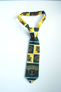 Baby Baylor tie // SO. CUTE. #SicEmBears