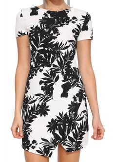 White Short Sleeve Leaves Print Dress 14.99