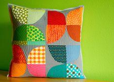 New Block Design :: Half Moon Rising. Malka Dubrowsky.  I like this use of Drunkard's Path blocks.