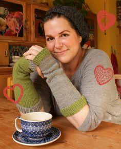 Einfache bunte Armstulpen stricken - Hier geht's zur Anleitung und zur Wolle