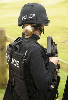 Female Swat Police Officer #policelove