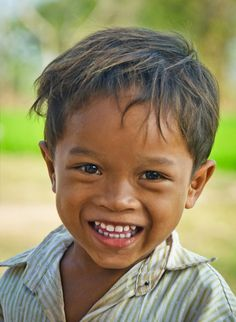 Young Boy in Cambodia by Joe Routon Light Of The World, We Are The World, People Around The World, Just Smile, Happy Smile, Smile Face, Precious Children, Beautiful Children, Beautiful Smile