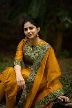 Half Saree Designs, Salwar Designs, Rangoli Border Designs, Sari Dress, Indian Attire, Churidar, Hamsa, Im Not Perfect, Silk