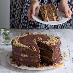 source: justyummyrecipes@tumbler. Old Fashioned Walnut Cake