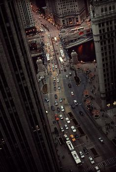 Birds Eye View, where Michigan Ave crosses the Chicago River, photo via miked Oh The Places You'll Go, Places To Travel, Lago Michigan, Belle Villa, My Kind Of Town, Chicago Illinois, Chicago Usa, Chicago River, Chicago City