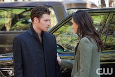 """The Originals -- """"Alone With Everybody"""" -- Image Number: OG316b_0087.jpg -- Pictured (L-R): Joseph Morgan as Klaus and Phoebe Tonkin as Hayley -- Photo: Annette Brown/The CW -- © 2016 The CW Network, LLC. All rights reserved."""