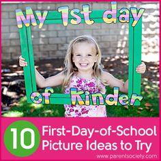 En esta página hay varias ideas de fotografías entretenidas que podemos hacer a los niños como recuerdo del primer día de clase.
