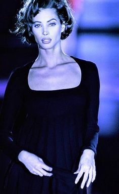 Christy Turlington - Gianni Versace Runway Show 1991