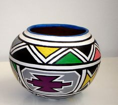 Fine Art by leading South African and International Contemporary Artists African Pottery, Native American Pottery, Pottery Painting Designs, Paint Designs, African Art Paintings, African Theme, Africa Art, Eye Art, Aboriginal Art