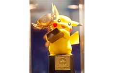 Pokemon World Championships 2013 in Vancouver. It's the cutest trophy ever!