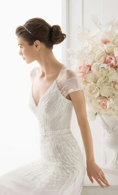 Rosa Clara 12: buy this dress for a fraction of the salon price on PreOwnedWeddingDresses.com