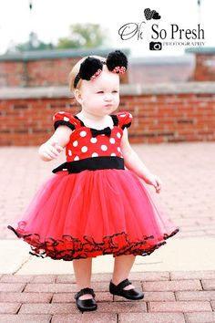 Items similar to MINNIE Mouse dress TUTU Party Dress in Red Polka Dots super twirly dress Birthday party baby costume on Etsy Baby Girl Dresses, Baby Dress, Girl Outfits, Tutu Dresses, Dress Girl, Baby Kostüm, My Baby Girl, Baby Kids, Mini Mouse Costume