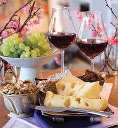 Cheese and Wine. #mesadedoces #shopfesta