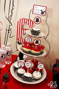magic-cupcake-tower-by-rene.jpg Photo by amandaleaparker Magic Birthday, 4th Birthday Parties, Happy Birthday, Birthday Ideas, Cupcake Party, Birthday Cupcakes, Party Cakes, Magician Party, Soiree Party