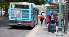 Het openbaar vervoer in #Malaga heeft goede aansluitingen en maakt deel uit van een uitgebreid netwerk aan de Costa del Sol en in #Andalusie. Ook de rest van #Spanje is goed bereikbaar. Je kunt in Malaga gebruik maken van de bus en de trein.