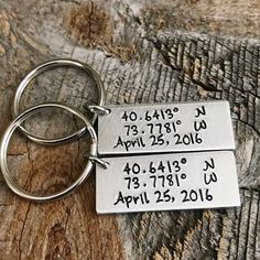 Beautiful little anniversary coordinate keychains Cute Anniversary Gifts, Personalized Anniversary Gifts, Boyfriend Anniversary Gifts, Anniversary Years, Surprise Gifts For Him, Thoughtful Gifts For Him, Birthday Gifts For Girlfriend, Christmas Ideas For Girlfriend, Girlfriend Gift