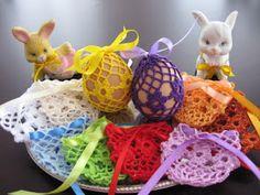 Koronkowe Ozdoby: WIELKANOC - koronkowe koszulki na jajka Easter Crafts, Eggs, Breakfast, Painted Rocks, Painting On Stones, Round Round, Morning Coffee, Egg, Egg As Food