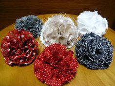 カーネーションのコサージュの作り方|ソーイング|編み物・手芸・ソーイング | アトリエ|手芸レシピ16,000件!みんなで作る手芸やハンドメイド作品、雑貨の作り方ポータル