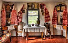 Traditional interior of ukrainian house of the XIX century. In Pirogovo, Kiev Oblast, Ukraine House Paint Interior, Interior Design, Ukraine, Cosy Living, Ukrainian Art, House Inside, Traditional Interior, Architectural Digest, Cozy House