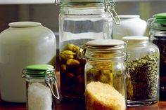 glass-jars-with-ceramic-lids.jpg