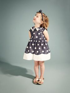 Love anything vintage, especially children's clothes! Adorable!