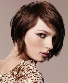 30 Latest Short Hairstyles for Winter - PoPular Haircuts