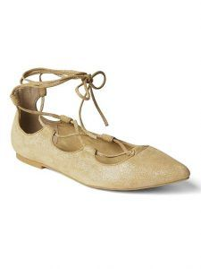 Find tall ballerinas in bigger sizes. We have a beautiful selection of ballerinas from size 10 and up. Lace Up Ballet Flats, Ballerina Pumps, Lace Up Shoes, New Shoes, Stylish Shoes For Women, Shoes Too Big, Pointy Toe Flats, Gap Women, Fashion Shoes