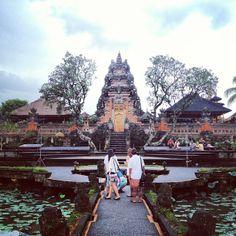 Pura Taman Kemuda Saraswati
