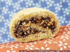 cucinaamoremio: Strudelini Cheesesteak, Bagel, Menu, Bread, Cookies, Ethnic Recipes, Food, Menu Board Design, Crack Crackers