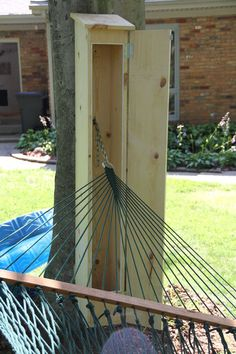 diy outdoor projects Hammock Shed (aka Outdoor Storage Box): I wove my own hammock a few years ago and since then I've been very paranoid about leaving it out in the elements. Backyard Patio, Backyard Landscaping, Backyard Playhouse, Landscaping Ideas, Diy Outdoor Furniture, Outdoor Decor, Garden Furniture, Antique Furniture, Furniture Ideas