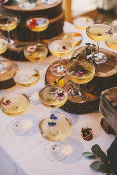 Pronovias Wedding Dress, Diy Wedding Dress, Garden Party Wedding, Wedding Ideas, Summer Wedding, Champagne Drinks, Wedding Champagne, Cocktails, Wedding Drink Menu