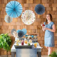 6 Cheap Outdoor Party Ideas Throw an outdoor party on a budget -- we have paper decorations, easy snack ideas, and even a fun dip-dye technique that transforms dollar-store napkins into party-perfect accessories.