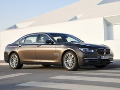 2013 BMW 7-Series car pictures