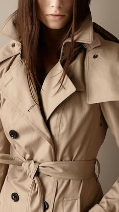 Mid-Length Hooded Trench Coat with Warmer | Burberry