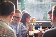 Stock Photo : friends in a pub