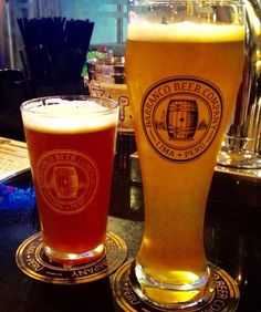 Pale X and Weiss Presidente.   Barranco Beer Company.  Cerveza artesanal. Peru. craft beer