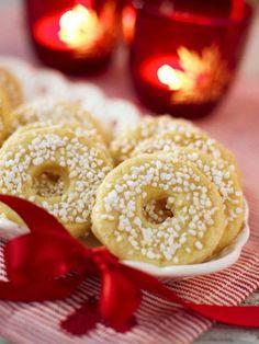 Swedish Bread, Candy Recipes, Confectionery, No Bake Desserts, Christmas Baking, Bagel, Bread Recipes, Gingerbread, Nom Nom