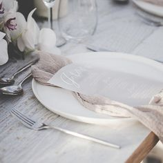 Coastal shoot - white ink on vellum, menu combined place card. Hire & Style   @heart_strings_hire_n_style Photography   @kerrimackintosh.photography Florals   @plumm_wood
