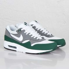 competitive price 6094f 9db9f Nike Air Max 1 Essential Popular Nike Shoes, Nike Air Max For Women, Nike