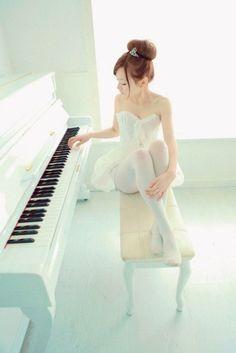 ballerina  & piano